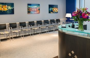 lobby at Shoulders & Knees Steven Struhl MD office
